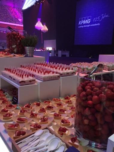 Erdbeeren für 7500 Gäste